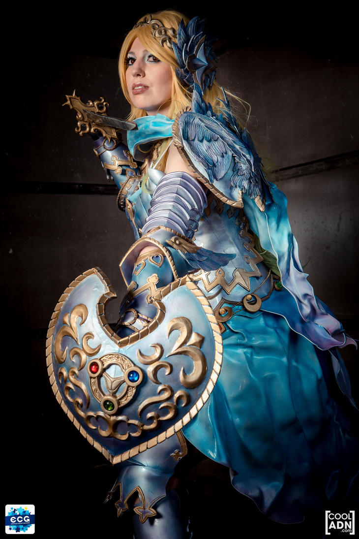 Freya  Zangeki  no Reginleiv - shield by Shoko-Cosplay