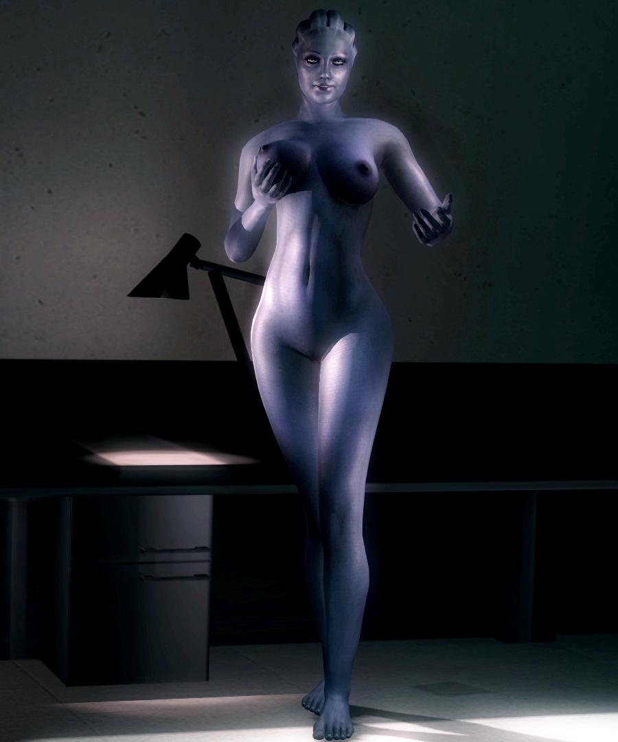 liara tsoni nude
