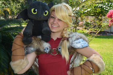 Astrid and Toothless are Buddies