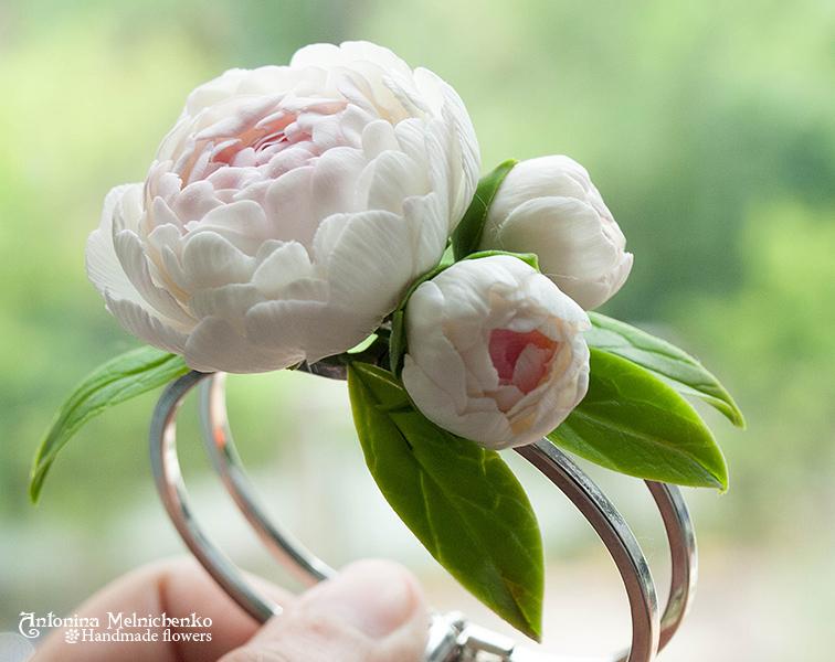 Bracelet Peonies - Plymer Clay Flowers by CraftFlowers