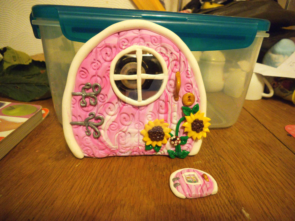 Fairy door FIMO polymer clay by craftymummy