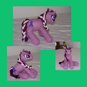 Crocheted Alzheimer's Awareness Pony