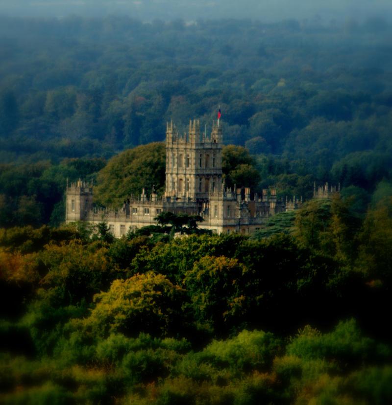 Highclere Castle by Kaz-D