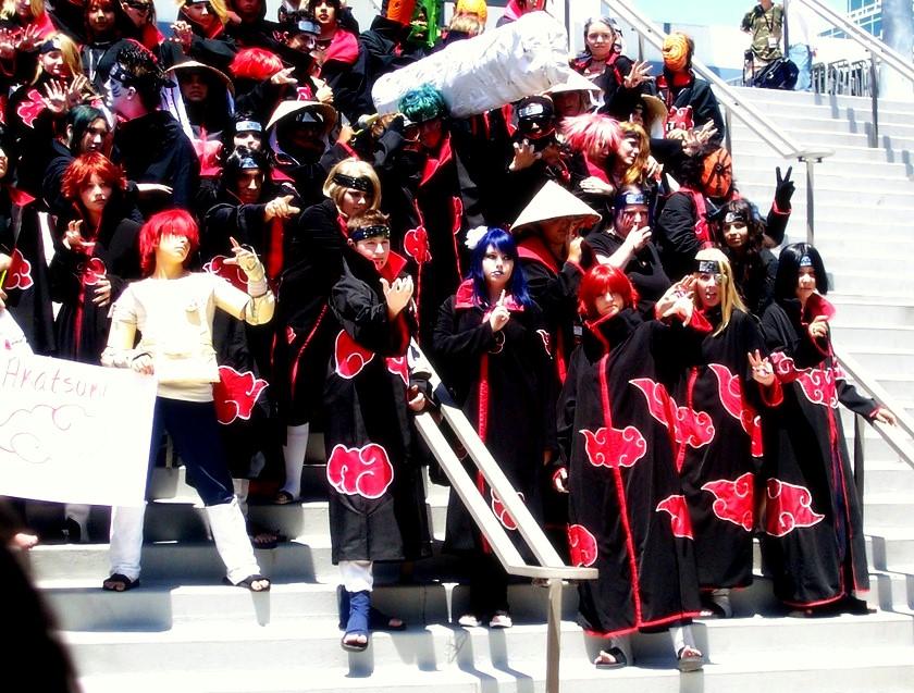 http://fc04.deviantart.com/fs32/f/2008/189/2/5/AX08_Naruto_Gathering_Akatsuki_by_Nekochan33.jpg