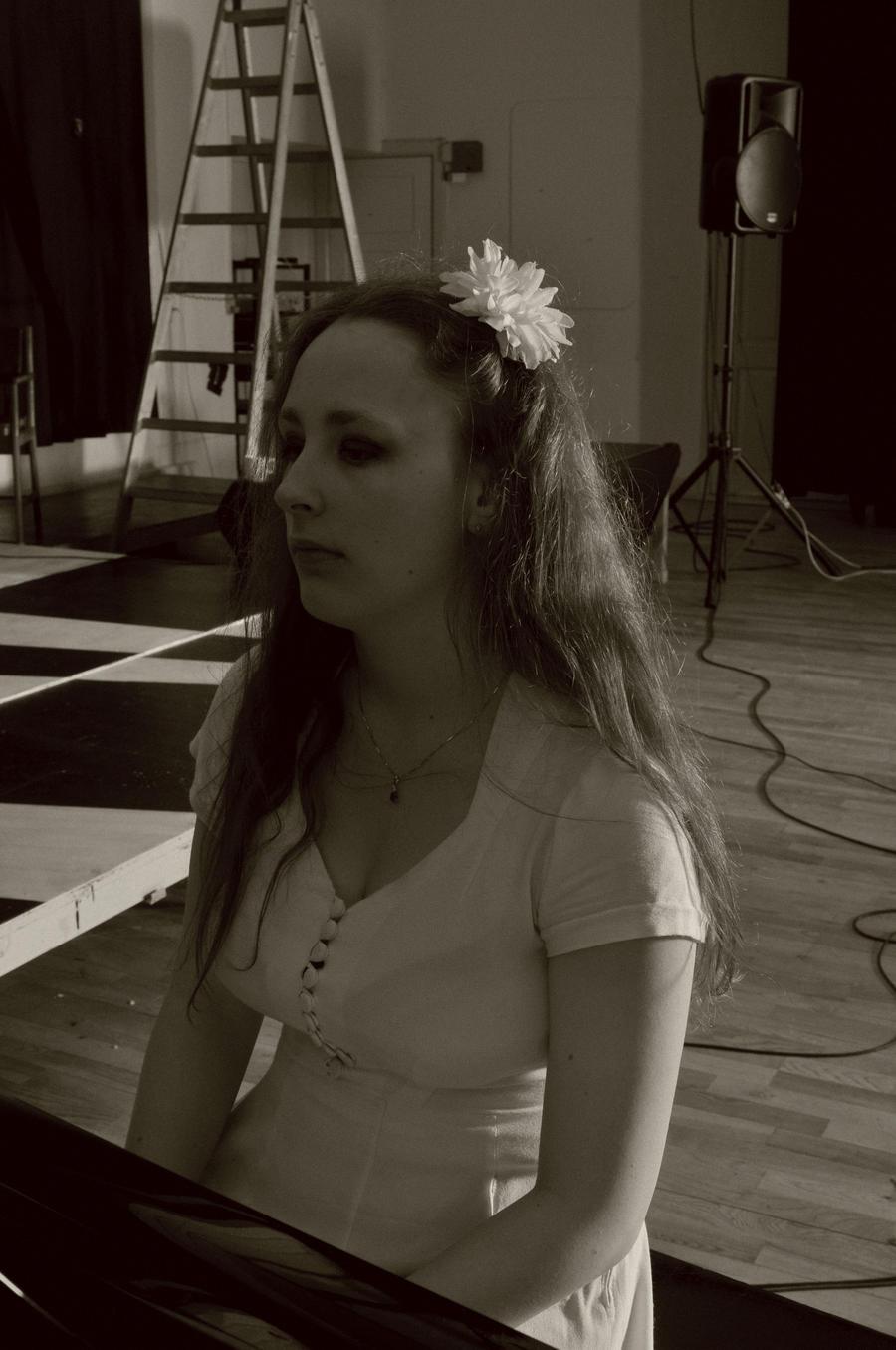 Izza-M's Profile Picture