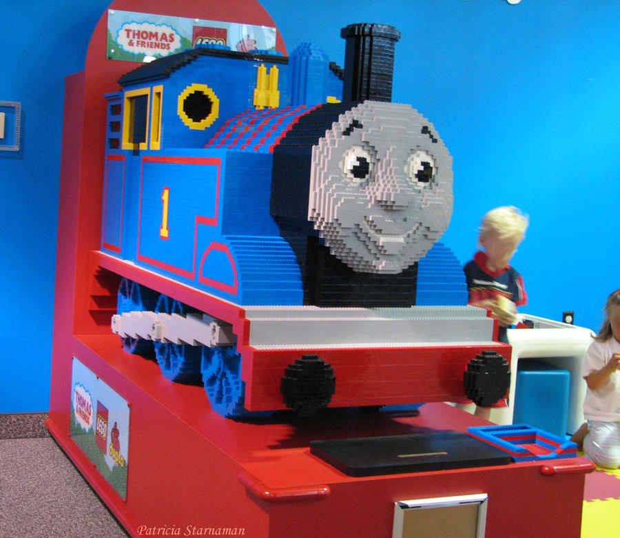 Easy Thomas The Tank Engine Cake
