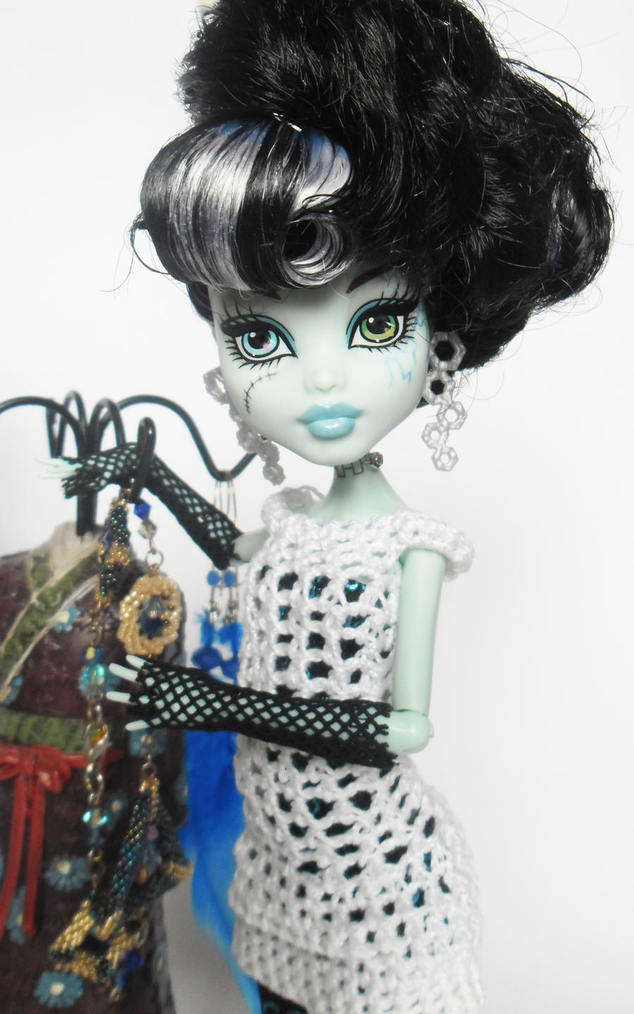 monster high ghouls rule speed dating The darehub gives you acces to the latest episode promos for all your favourite tv shows, viral and funny clips, trailers.