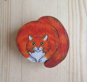 Round red cat pin/magnet   Circle cat   Spherical