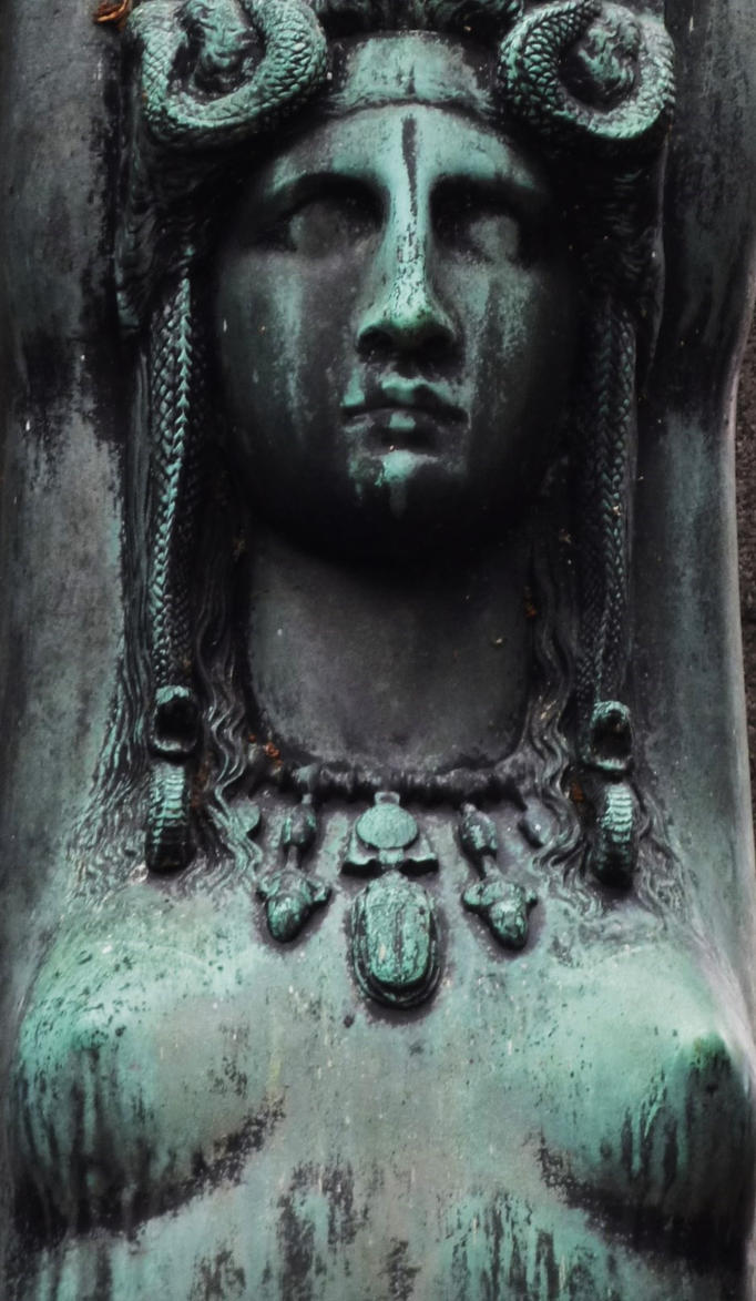 Montmartre Cemetery by Pins-n-Feathers
