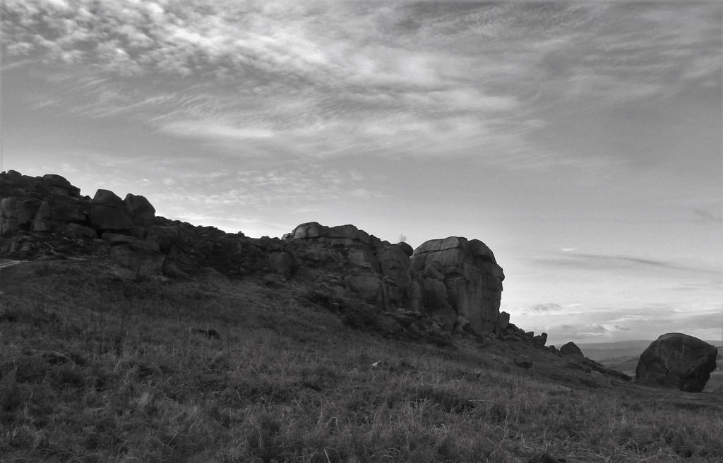 Cow and Calf Rocks - Ilkley by Pins-n-Feathers