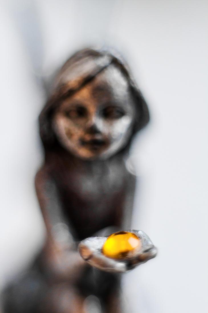 Little Fairy by La-Clover