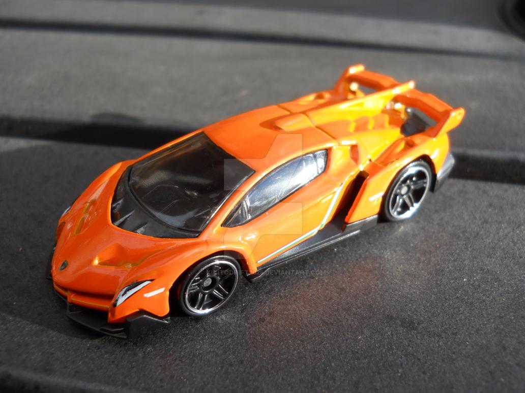 Hot Wheels 2014 Lamborghini Veneno Recolor By KiritoDrift2025