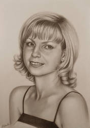 Portrait of a blonde. by evlena