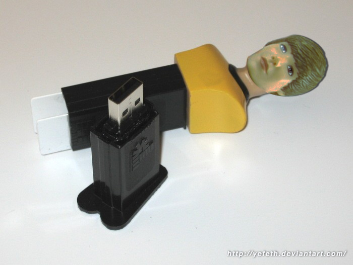 Justin Bieber PEZ Dispenser USB Drive (2 of 2) by yefeth