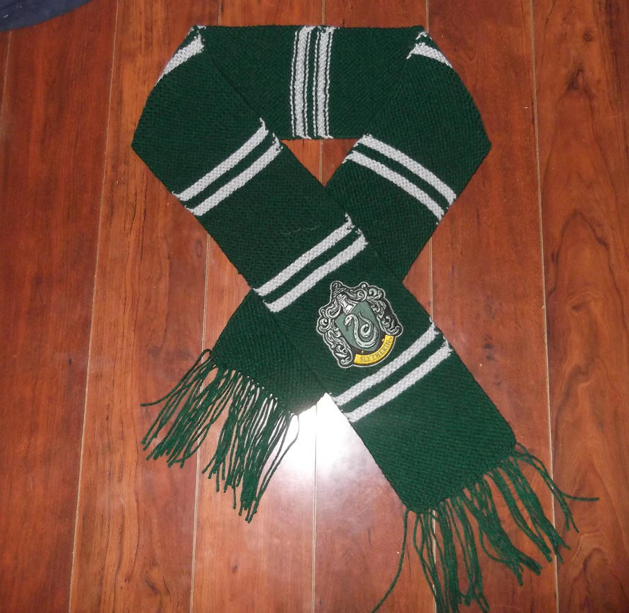 Knitting Pattern For Slytherin Scarf : Slytherin Knitted Scarf by verdant0angel on DeviantArt