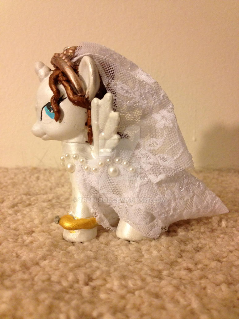 My Little Pony I Do Bride by TexacoPokerKitty