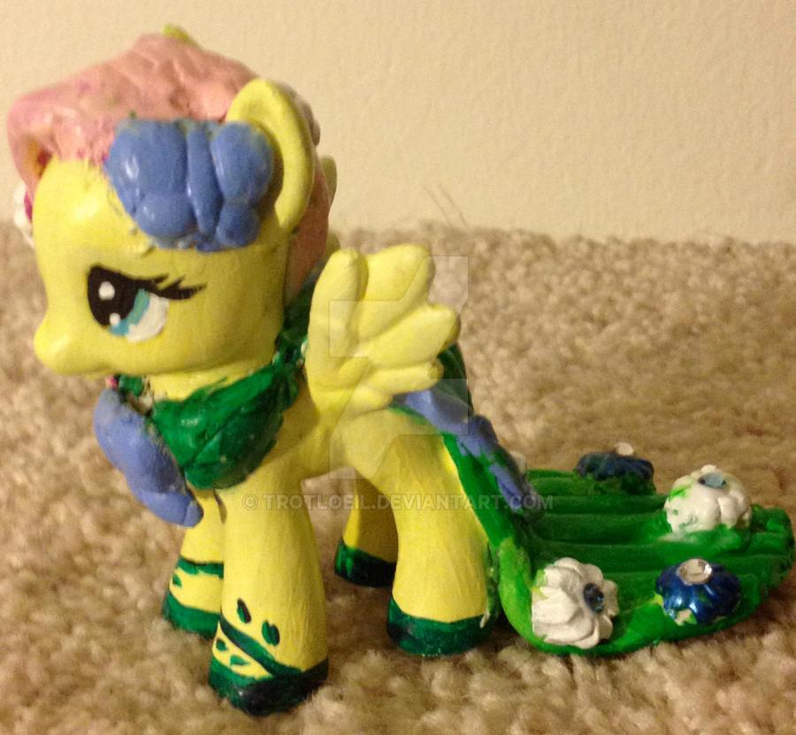 My Little Pony Fluttershy by TexacoPokerKitty
