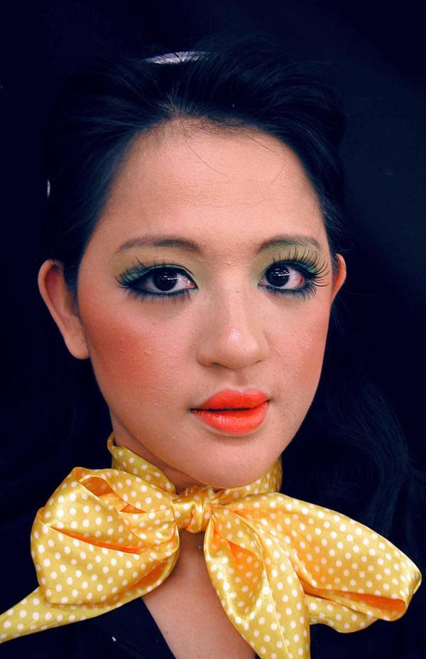1960s makeup