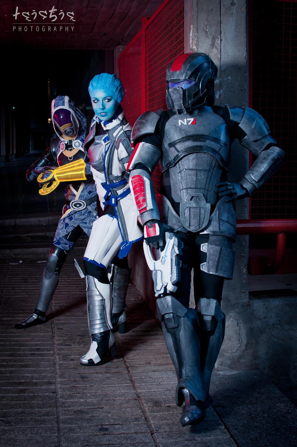 Mass Effect II by Nebulaluben