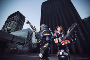 Garrus and Shepard cosplay.
