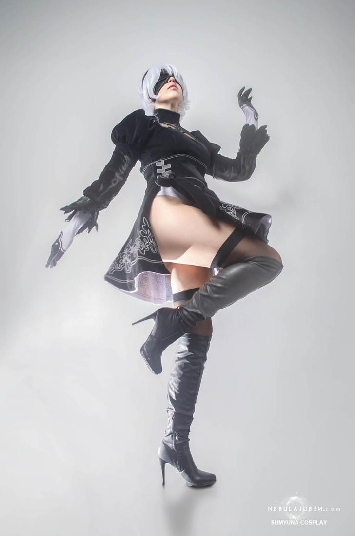 Yorha No.2 Type B cosplay by Nebulaluben