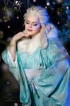 Elsa yukata cosplay by Nebulaluben