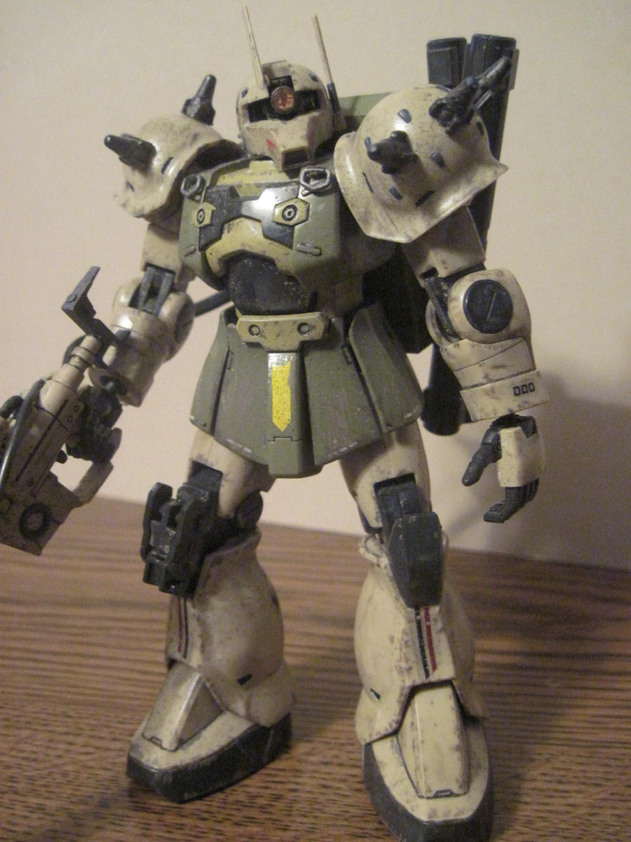 Custom weathered Zaku Sniper HG: 1 by clicker-3000