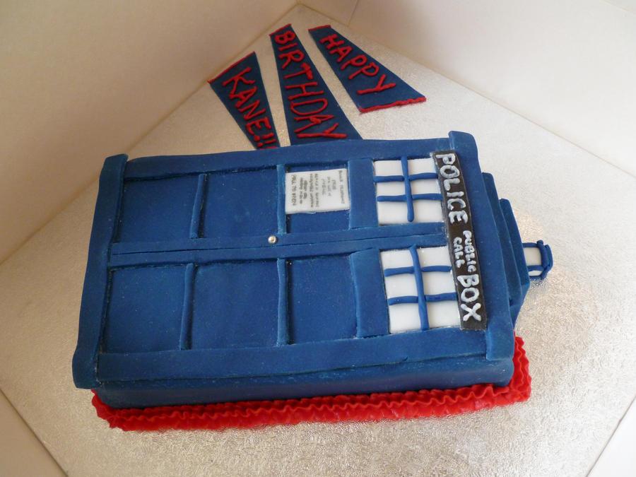 Dr Who Tardis cake by Rebeckington on DeviantArt