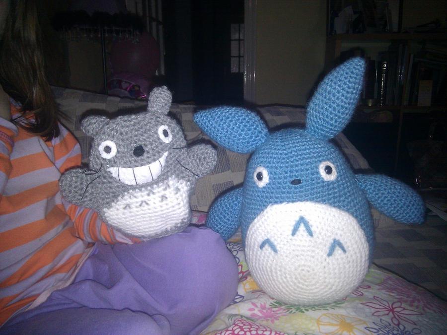 O-Totoro and Chu-Totoro by phampyk