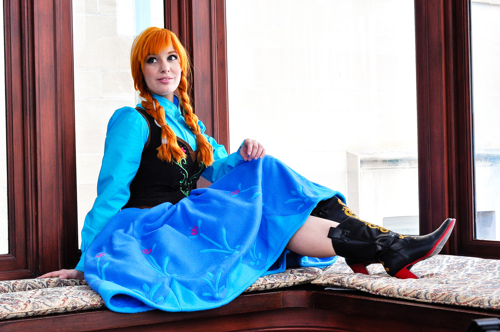 cosplay Anna from frozen