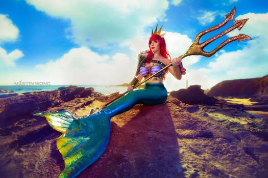Queen Ariel cosplay