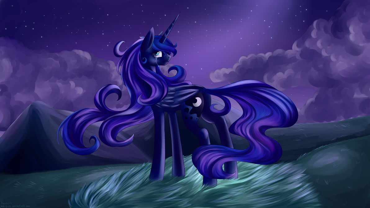 Luna by Lanternae