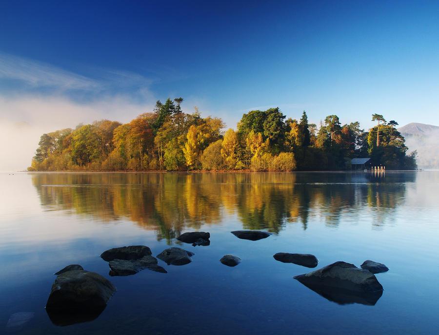 Derwent Water Island by richsabre