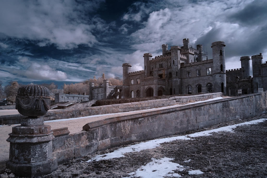 Lowther Castle by richsabre