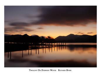 Twlight On Derwent Water by richsabre