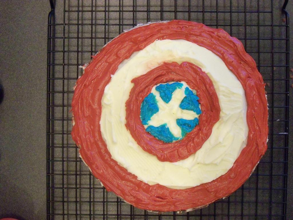 Captain Americas Shield Cake by badromance123 on DeviantArt