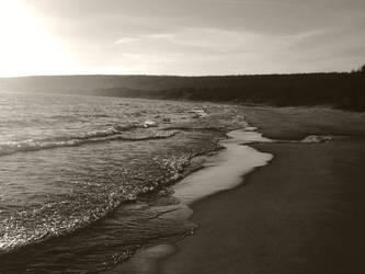 BW beach by imagineer22