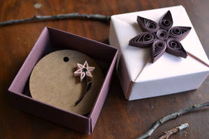 Handmade Gift Box, Origami, Quilling Ornament by ReverseCascade