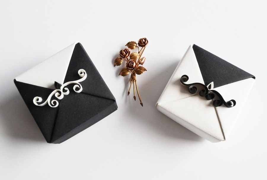 Black and White Origami Wedding Gift Boxes by ReverseCascade