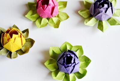 Origami Lotus Flower by ReverseCascade
