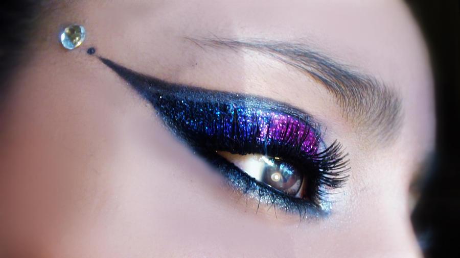 Glitter Glam by Desert-Winds
