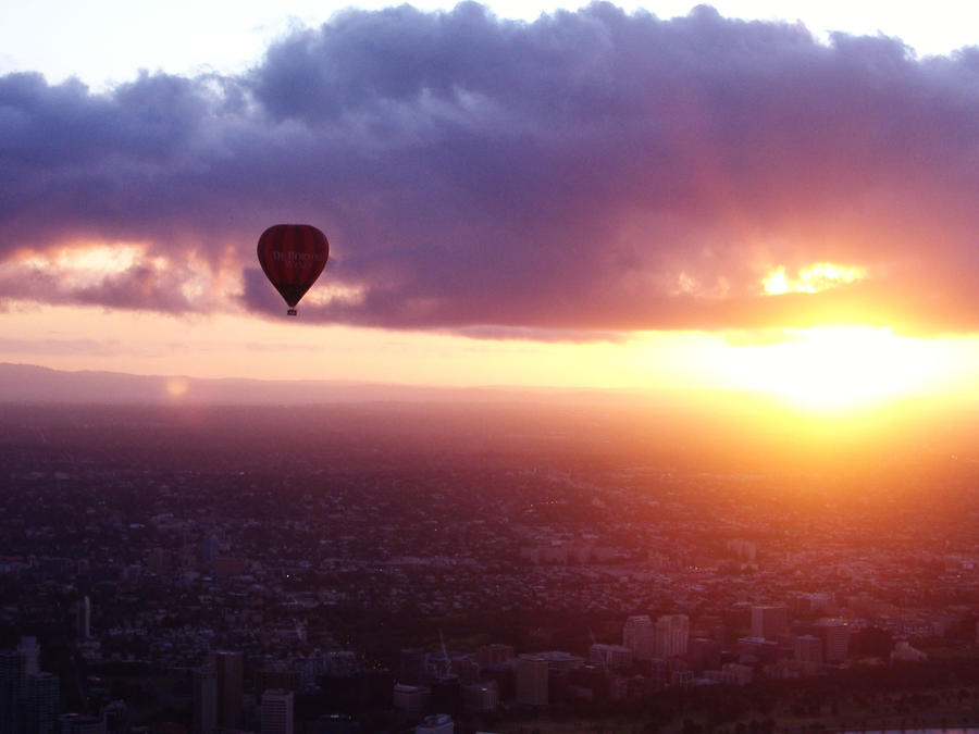 Float Over Melbourne by Valmanther