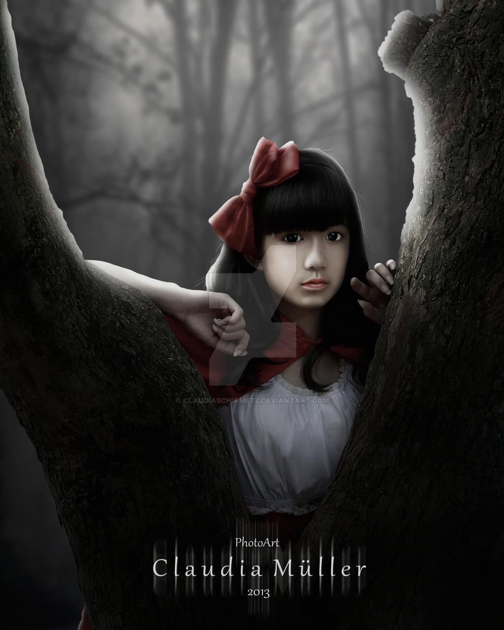 Red Riding Hood by ClaudiaSchirmetz