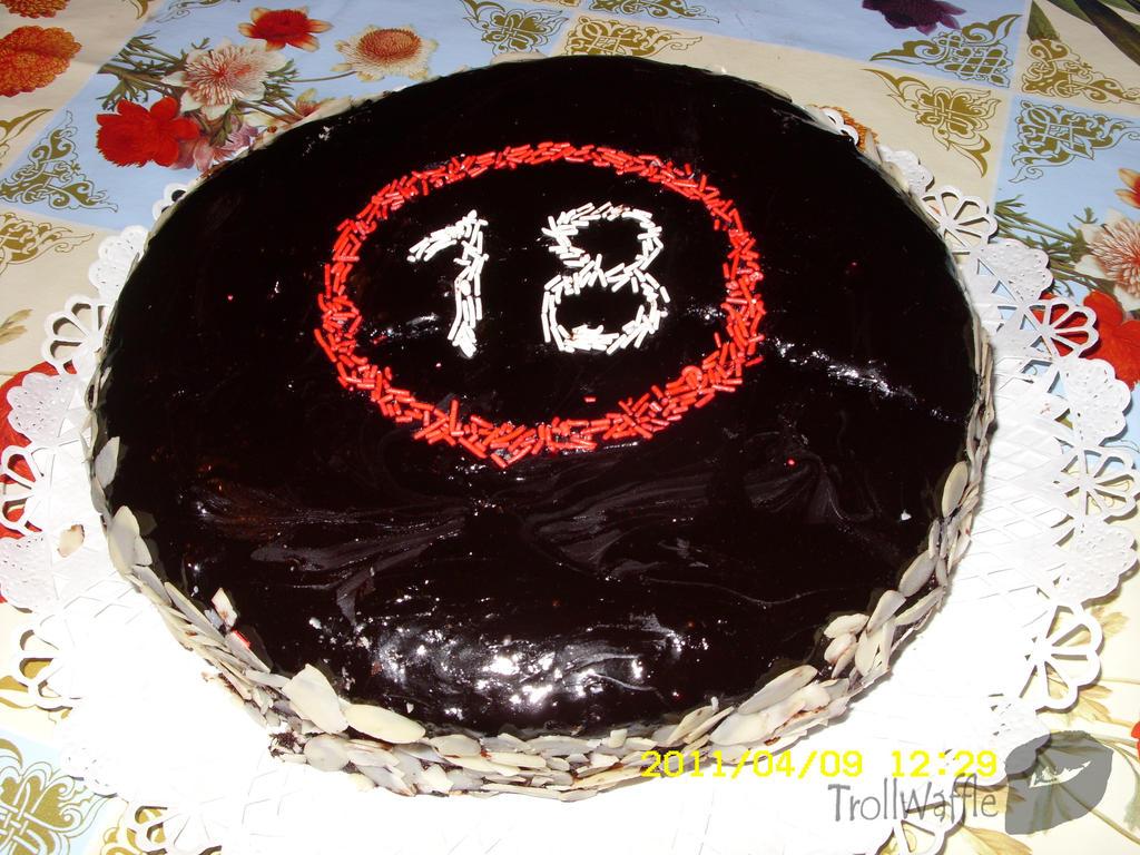 18th birthday cake for my friend by trollwaffle on DeviantArt