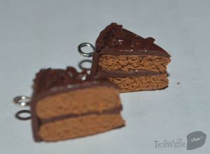 Chocolate cake earrings by trollwaffle