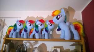 Rainbow Dash army