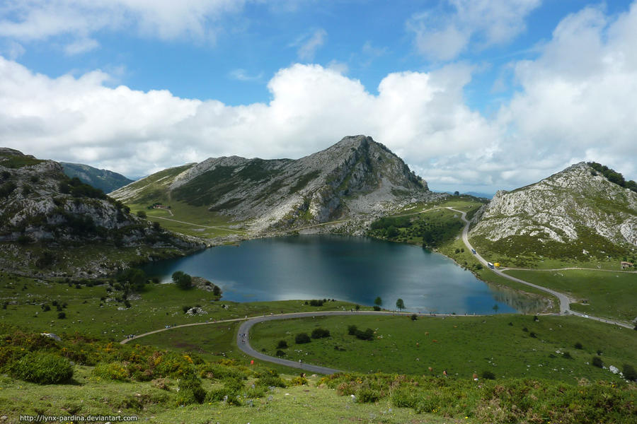 Enol lake - Asturias by Lynx-Pardina