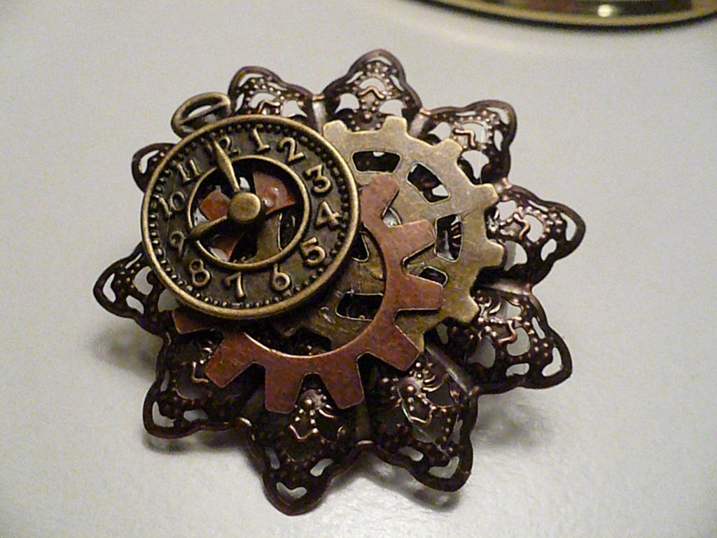 Steampunk pin/hairclip by Rainbowkitty-Designs ...