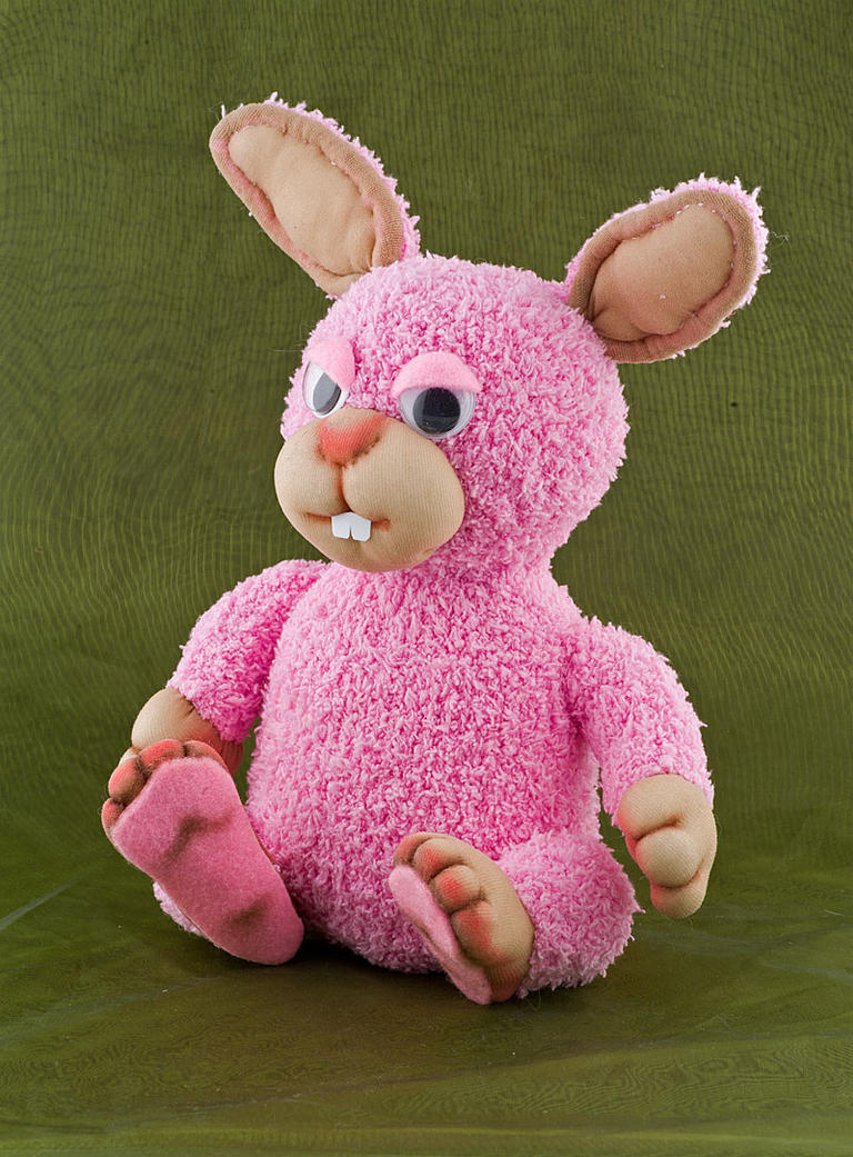 pink rabbit by toroj