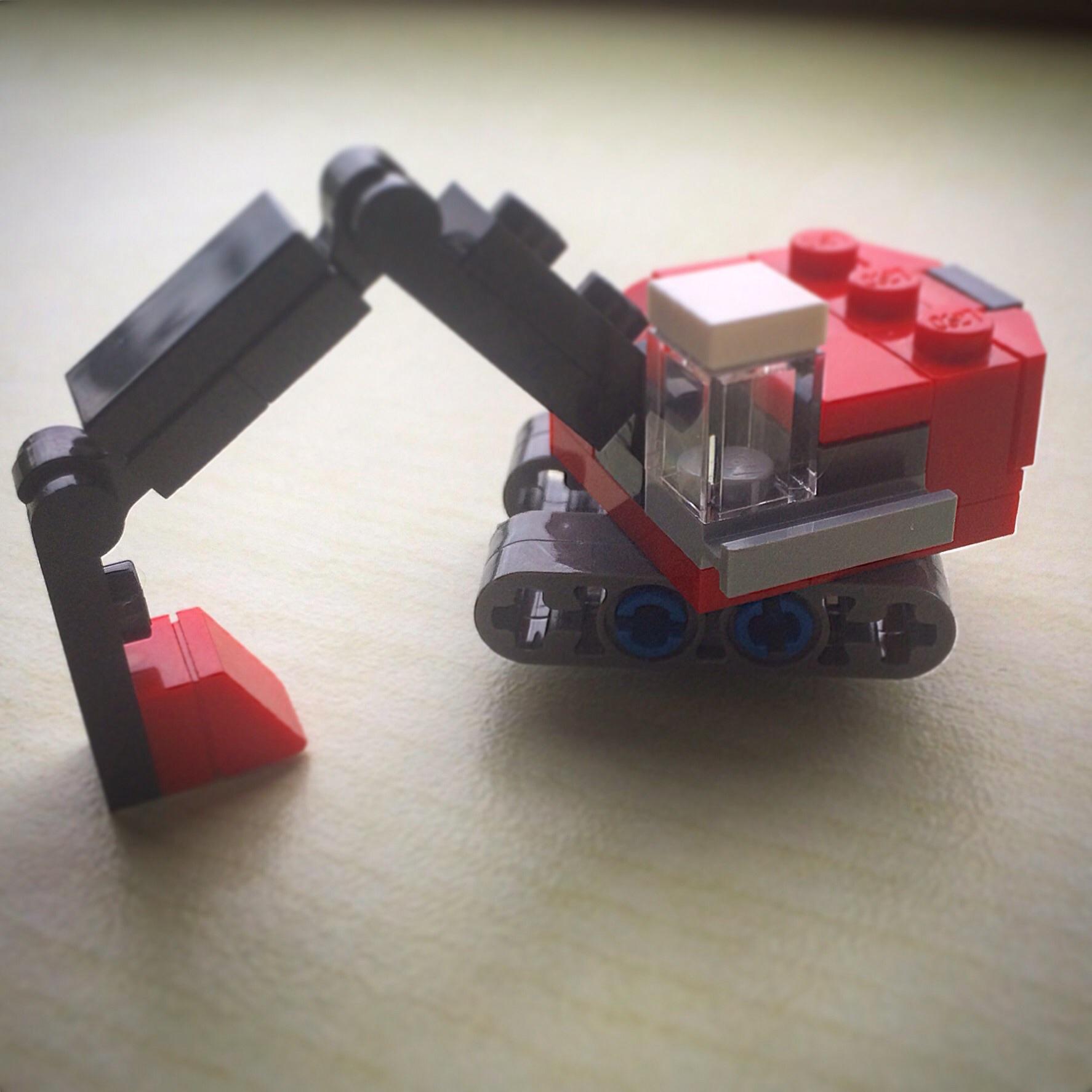 LEGO Microscale digger
